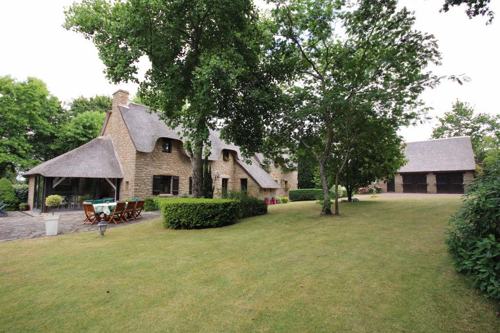 Maison à vendre, Guérande,  271m²
