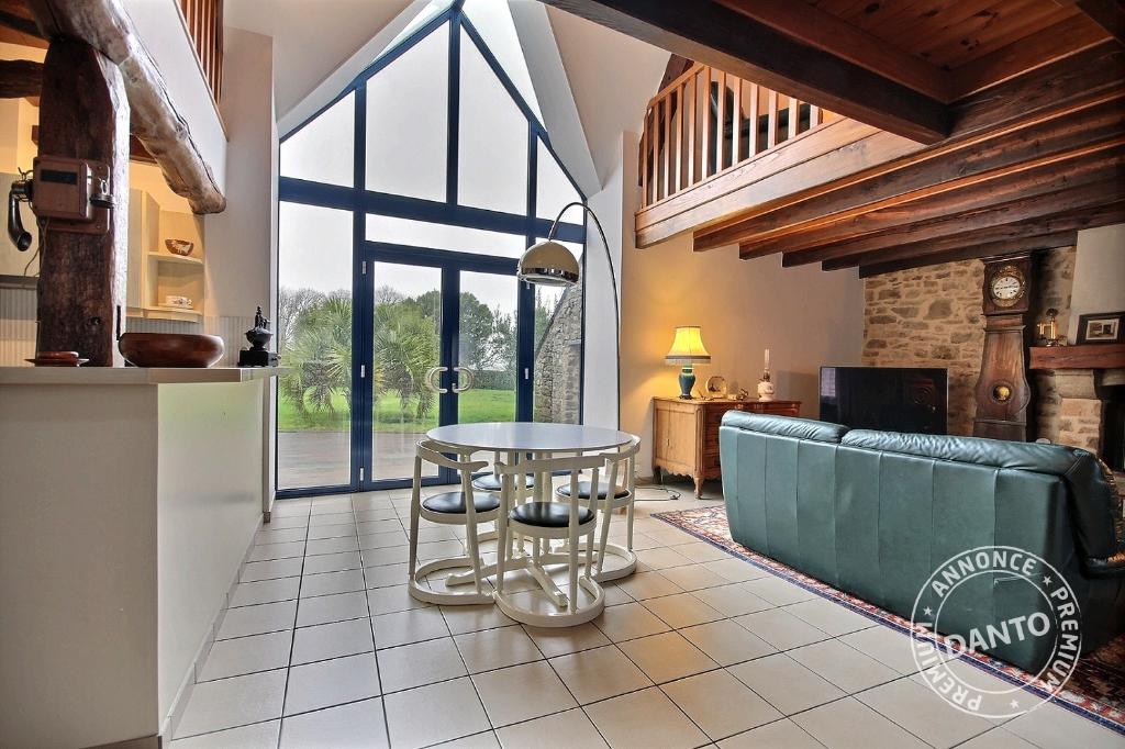 Maison Saint-Lyphard 200 m²