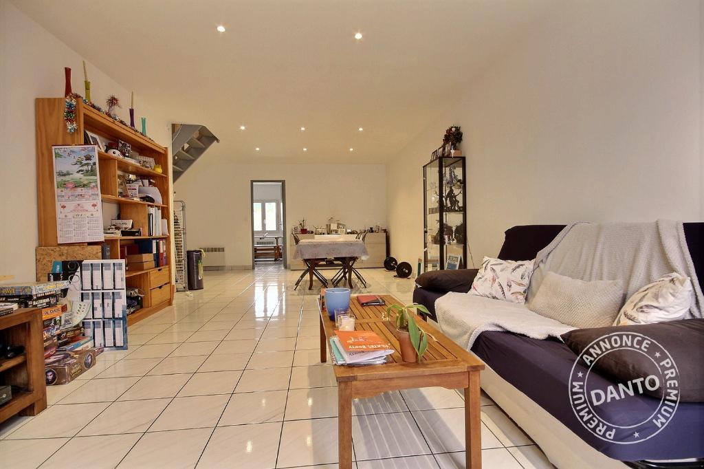 Appartement à vendre -  La Madeleine - 84,3 m2