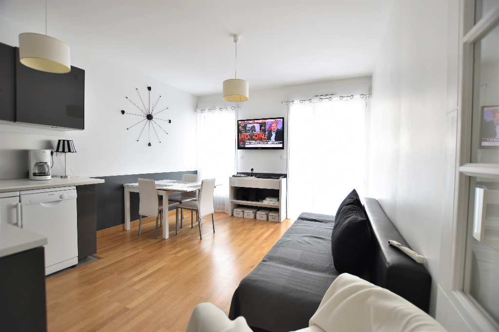 Gare et De Gaulle - Appartement T2 40 m² - Box et parking