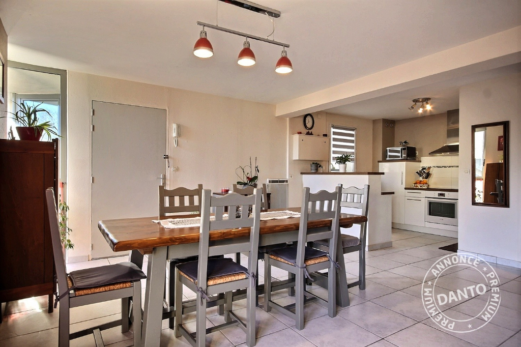 Appartement en duplex à vendre - Guérande - 68.90 m²